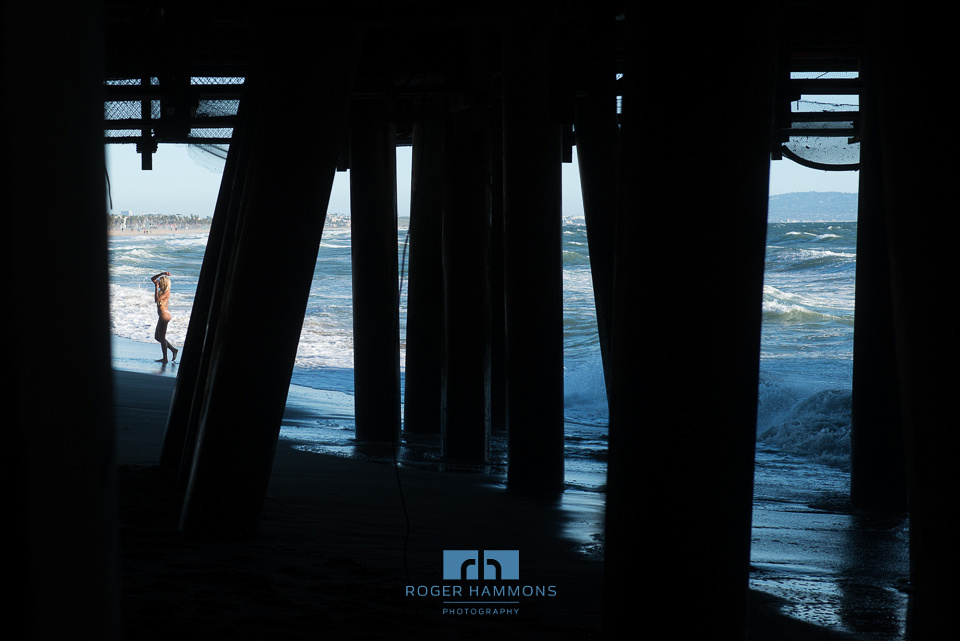 Northern Virginia wedding and portrait photographer Roger Hammons shares candid street photography taken in Santa Monica, California, in 2017. (Image 7 of 8)